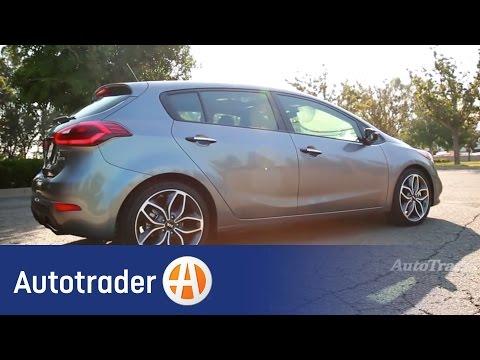 2015 Kia Forte5 | 5 Reasons to Buy | AutoTrader