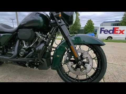 2021 Harley-Davidson Street Glide® Special in Ames, Iowa - Video 1