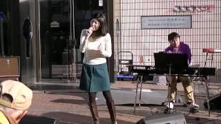 2012 2 18 馬車道ショートパフォーマンスライブ