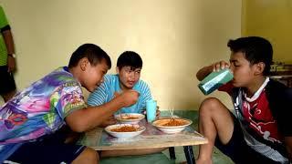 preview picture of video 'เมื่อคนบ้ามากินม่าม่าเกาหลีเผ็ดคูณ2'