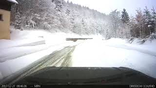 Range Rover - Snowy French Mountain Pass - December 2017