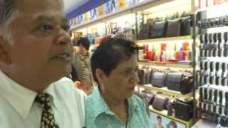 preview picture of video 'Aruna & Hari Sharma in Lotte Mart Beijing, China Gold Market, Sep 15, 2013'