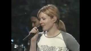 Dido - Don't think of me (live acoustic concert 2000) part. 4 of 6.
