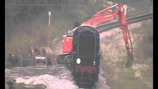 preview picture of video 'Bluebell Railway Extension ballast train loading at West Hoathly station'