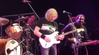 Joe Walsh - Funk #49 [James Gang song] (Dallas 04.22.17) HD