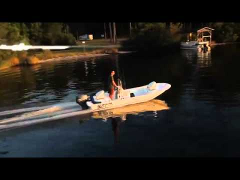Carolina Skiff 15 JV CC video