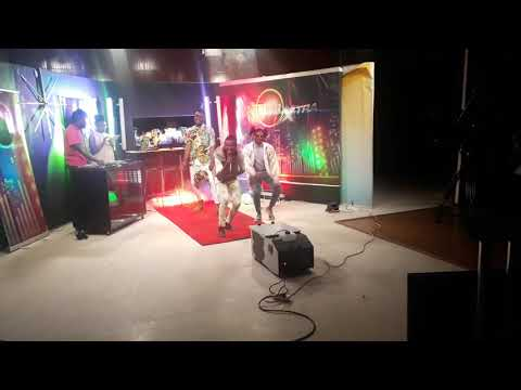 Dandia mat electrifying performance by HDF and Ndela at KBC CHANNEL 1 / CLUB 1 XTRA