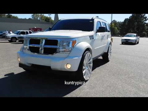 White dodge nitro on starr wheels