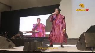 COMEDIAN, 'KENNY BLAQ' DELIVERS RIBS CRACKING JOKES IN SONGS AT #SHALANGA BY YAW (Nigerian Comedy)