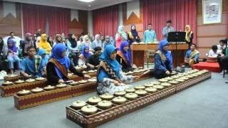 Mudiak Arau   IIUM Andeka Caklempong