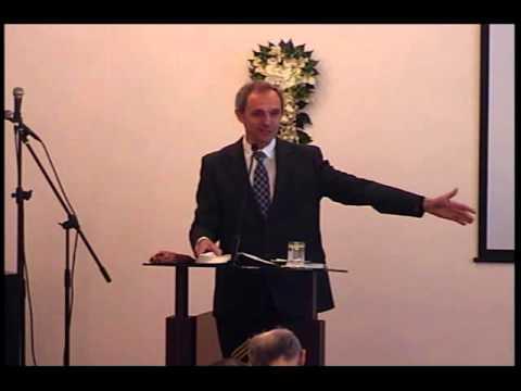 Венчание в церкви пожилых пар