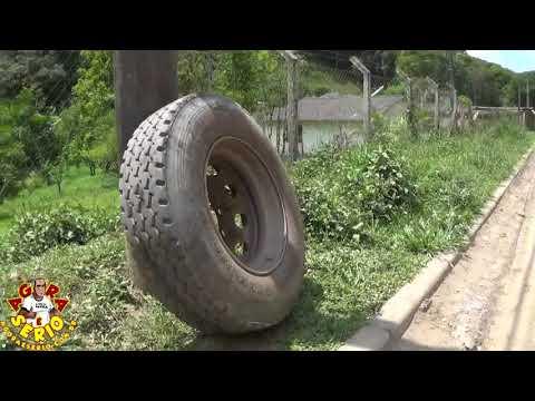 Roda escapa de ônibus escolar na Avenida 31 de Março Escola da Favela do Justinos