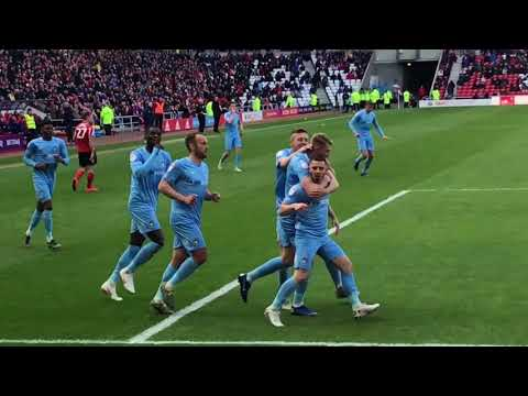Conor Chaplin scores and celebrates in front of fewmin Sunderland fans!