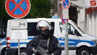 Нападение на женщин в Нюрнберге: три женщины серьезно ранены, нападавший не найден