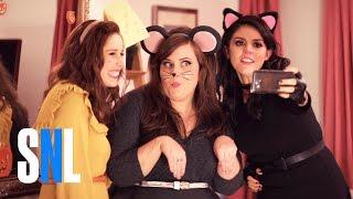 A Girl's Halloween - SNL