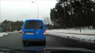 preview picture of video 'Dwa wymuszenia pierwszeństwa przejazdu, Zielona Góra 31.01.2014'