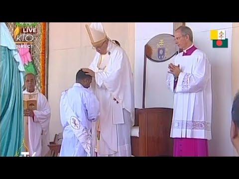 Messe et ordinations sacerdotales