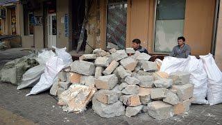 ДТП в центре Одессы: машины увезли, а разбитую стену демонтируют