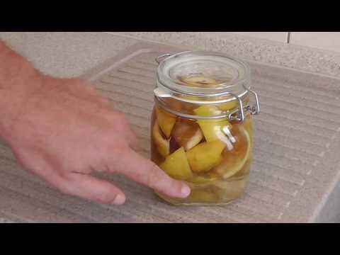 Zitronen-Essigreiniger selber machen - Hausmittel Essig & Zitrone für ein Reinigungsmittel