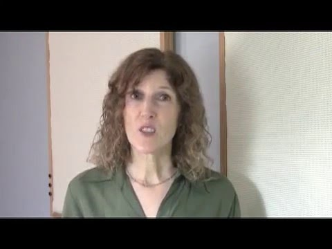 Video Singing Tips: What to Do if You Have No Voice (Laryngitis)