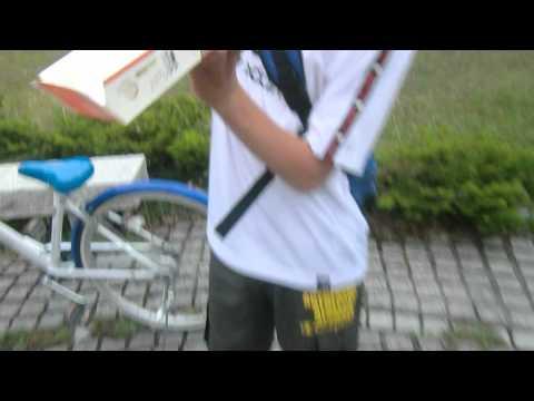 男子中学生の遊び2 - YouTube ▶4:06