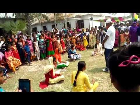 গ্রামের মেয়েদের বালিস খেলা ll Gramer Meyeder balish khela