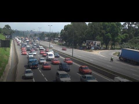 <a href='https://www.akody.com/cote-divoire/news/cote-d-ivoire-quel-calvaire-de-parcourir-l-autoroute-une-fois-la-nuit-tombee-318880'>C&ocirc;te d&rsquo;Ivoire : Quel calvaire de parcourir l&rsquo;autoroute une fois la nuit tomb&eacute;e</a>