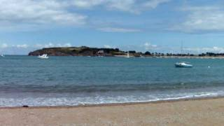 preview picture of video 'The Secret Bay - tide in - Saint-Coulomb, France (Bretagne region)'