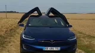Présentation et essai du Tesla Model X