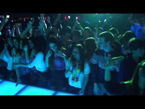 DISCOTECA ANACONDA - SALOU PARTY CON DJ MONCHO (16/03/2013)