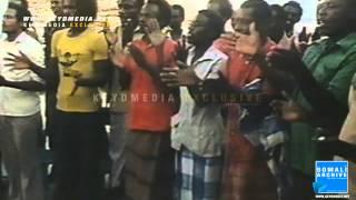 preview picture of video 'Somali fishermen - Mogadishu, Somalia | 1978'
