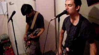 Homms Drunx - Giving Up Giving In. Catch 22 cover