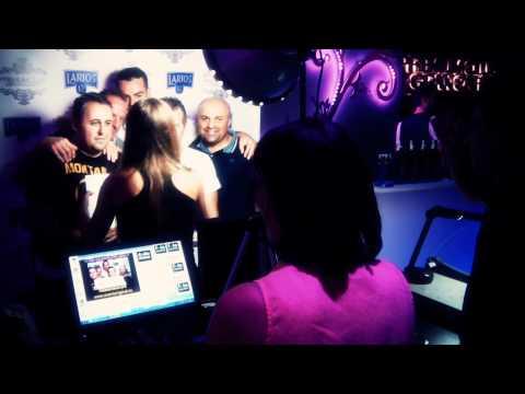 Fotoriginal en Premium Club Gran Café junto a Larios 12 (07/10/2011)