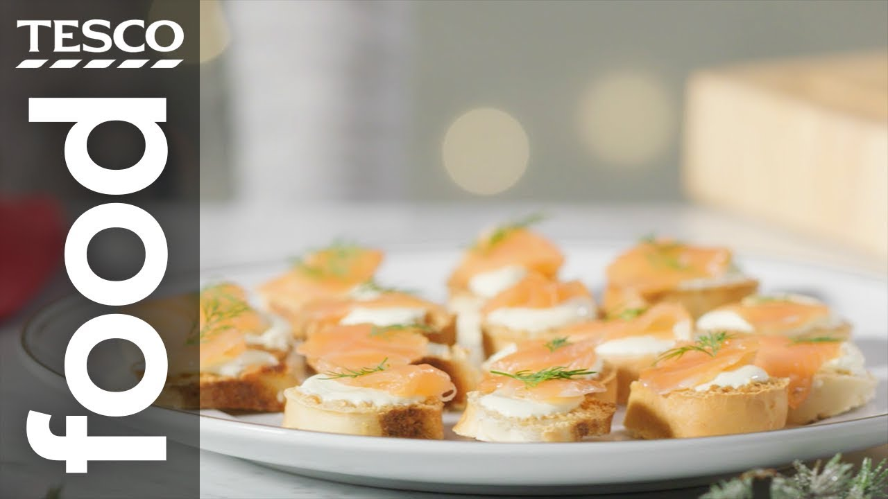 How to make the easiest bagel canapés