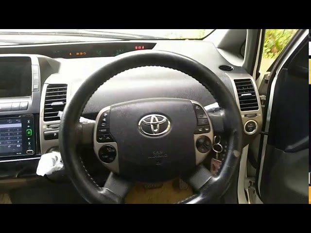 Toyota Prius G Touring Selection 1.8 2010 for Sale in Karachi