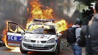 Париж: на полицейских напали на манифестации «полицейские против насилия»