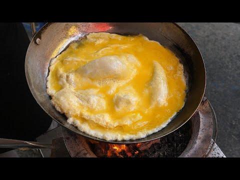 omelette toast – taiwanese street food