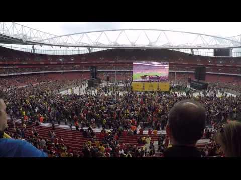 Arsenal vs Aston Villa FA Cup Final 2015 Pitch Invasion at Emirates Stadium HD