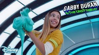 Entertaining An Alien 🎮| Gabby Duran & The Unsittables | Disney Channel UK