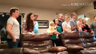 まーの今日の気になるニュースライブドアニュース一覧1週間で再生回数30万回家族そろってリビングで歌うカラオケ動画に驚く週末に家族が集まるリビングルームで