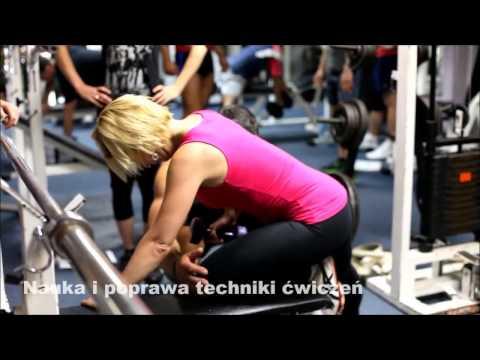 Ćwiczenie na mięśnie najszerszego z hantlami wideo