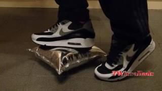 Nike Air Max 90s Stomping A Wine Bag