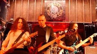 Fates Warning - One Thousand Fires (Live at Chicago 10-17-15)