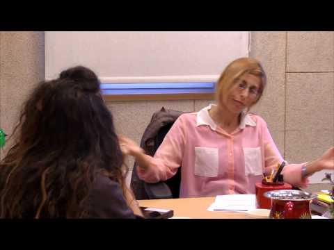 שיחה בין מנהלת בית ספר למורה על רקע אי קבלת דרגה