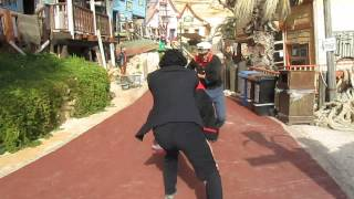 preview picture of video 'Snapvideo: Rundrejse på Malta - Popeye Village, den store kamp'