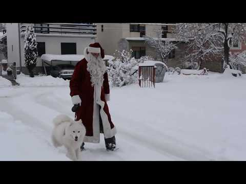 Svrljiški Deda Mraz pola veka uveseljava mališane