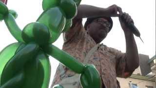 Mike Dada, The Balloon Dog.