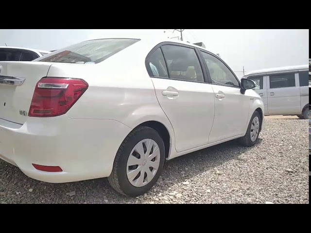 Toyota Corolla Axio Hybrid 1.5 2017 for Sale in Karachi