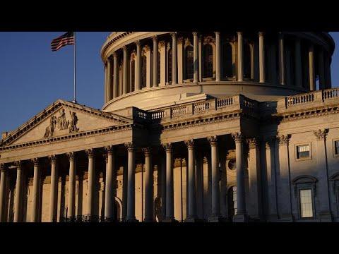 Ουάσινγκτον: Άρχισε η δίκη για την αποπομπή του Ντόναλντ Τραμπ…