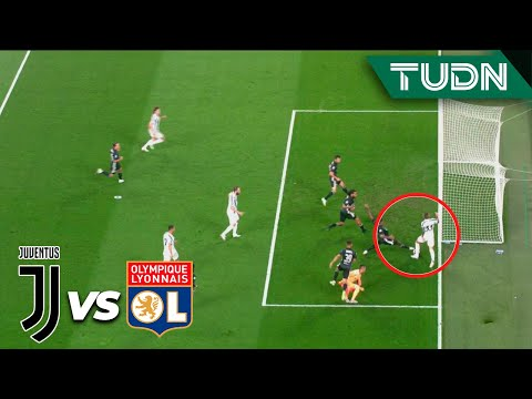 ¡Bernardeschi casi hace golazo! | Juventus 0-1 Lyon | Champions League 2020 – Octavos final | TUDN